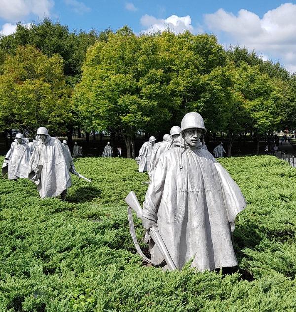 korean-veterans-war-memorial-3426779_1280.jpg